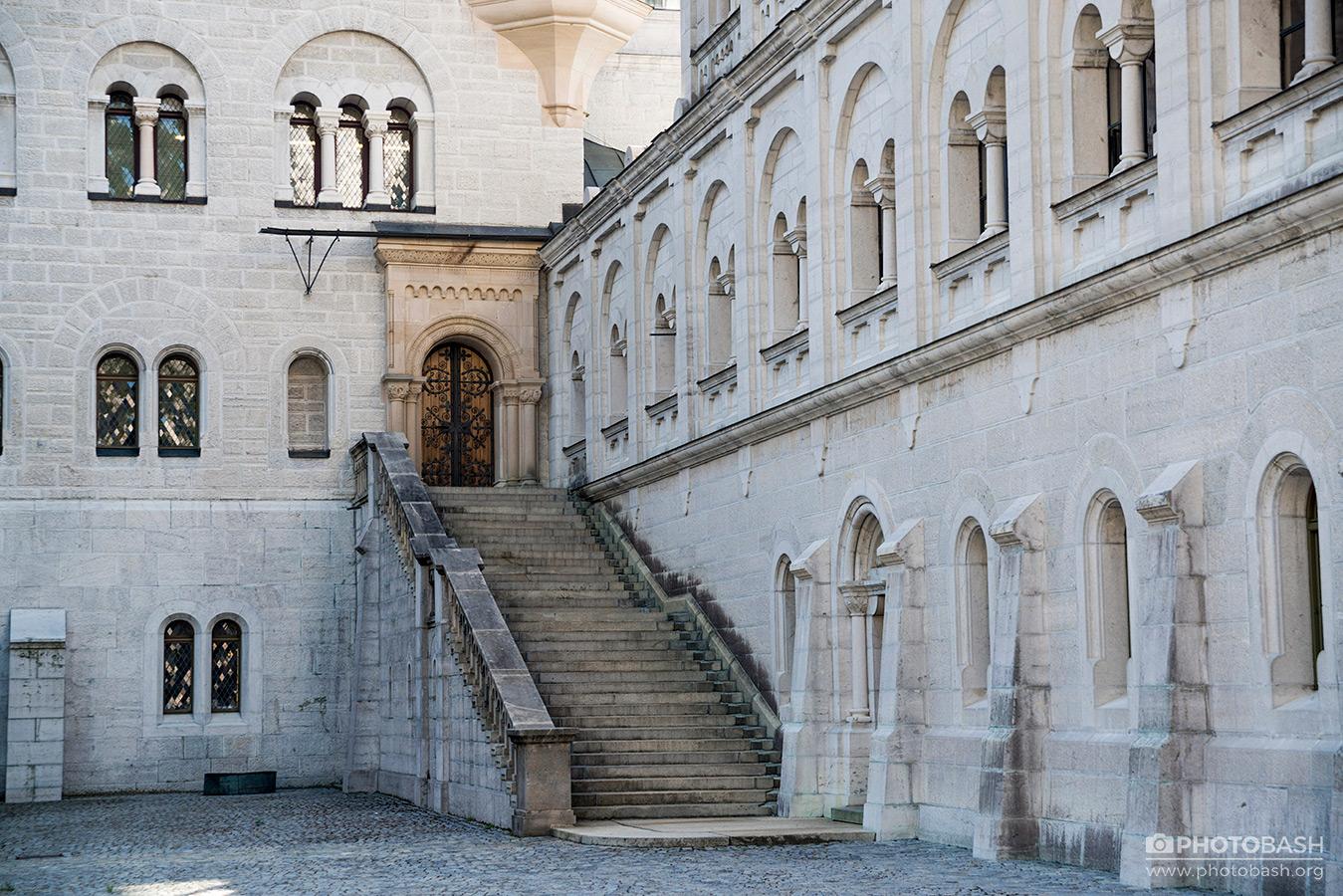 Neuschwanstein-Castle-Staircase-Courtyard.jpg