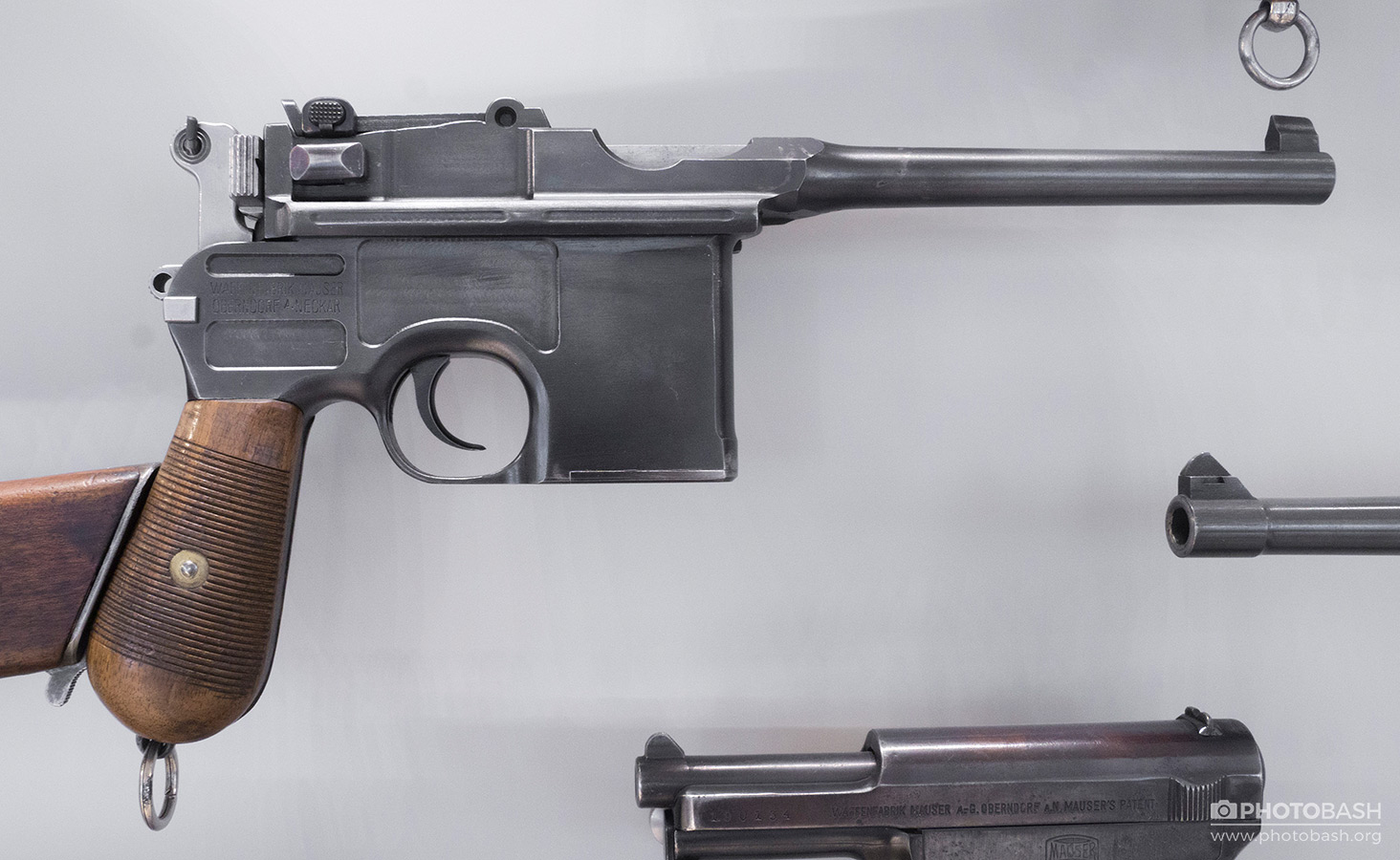 World-War-Weapons-Pistol-Gun.jpg