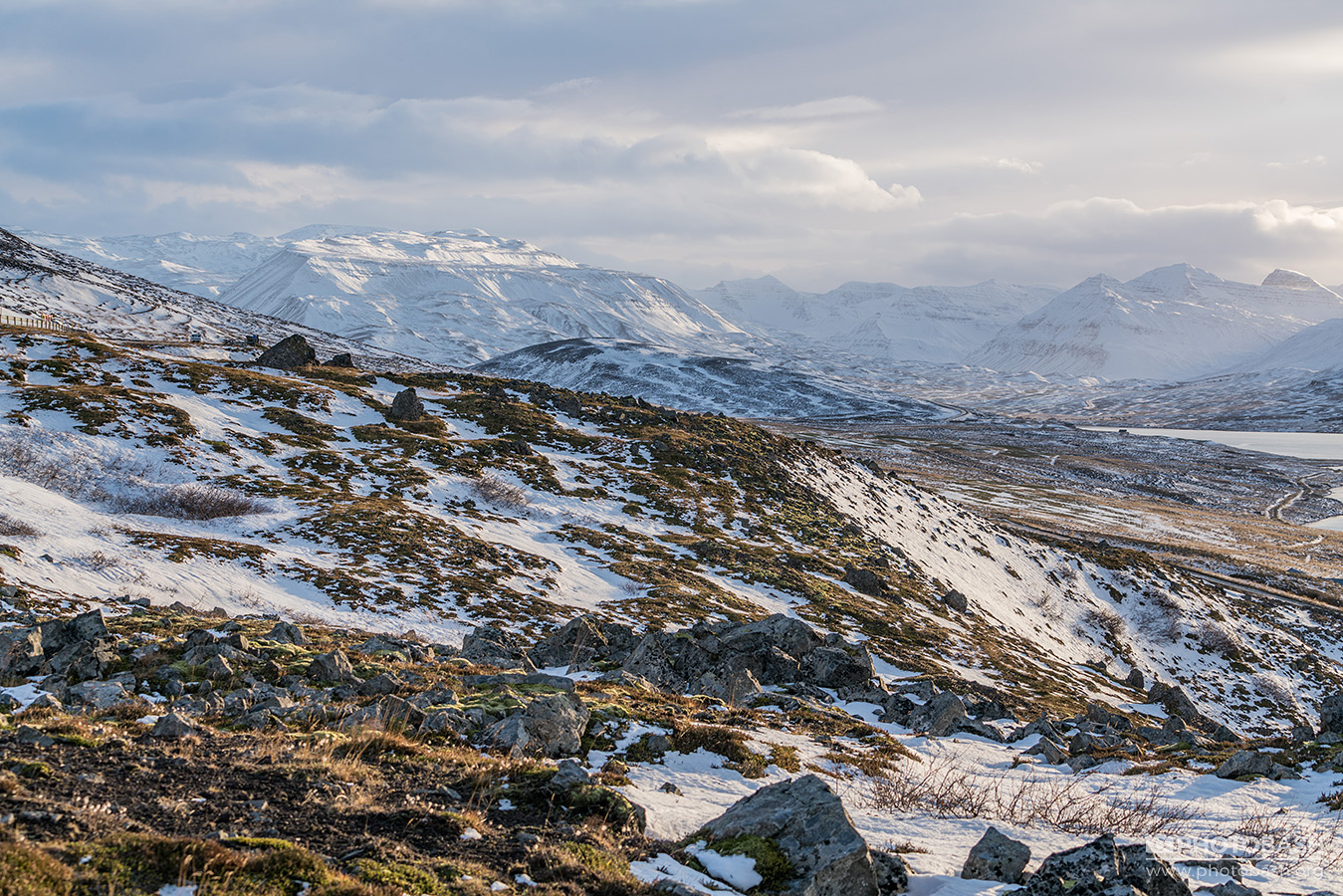 Snowy-Landscapes-Iceland-Mountains.jpg