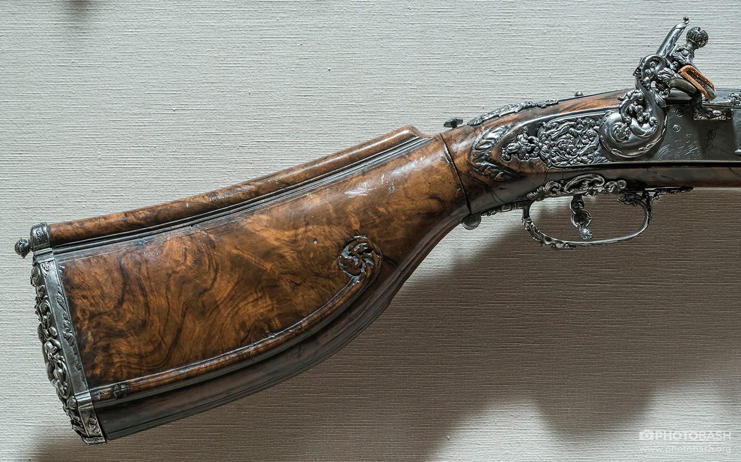 Antique-Firearms-Rifle-Handle.jpg