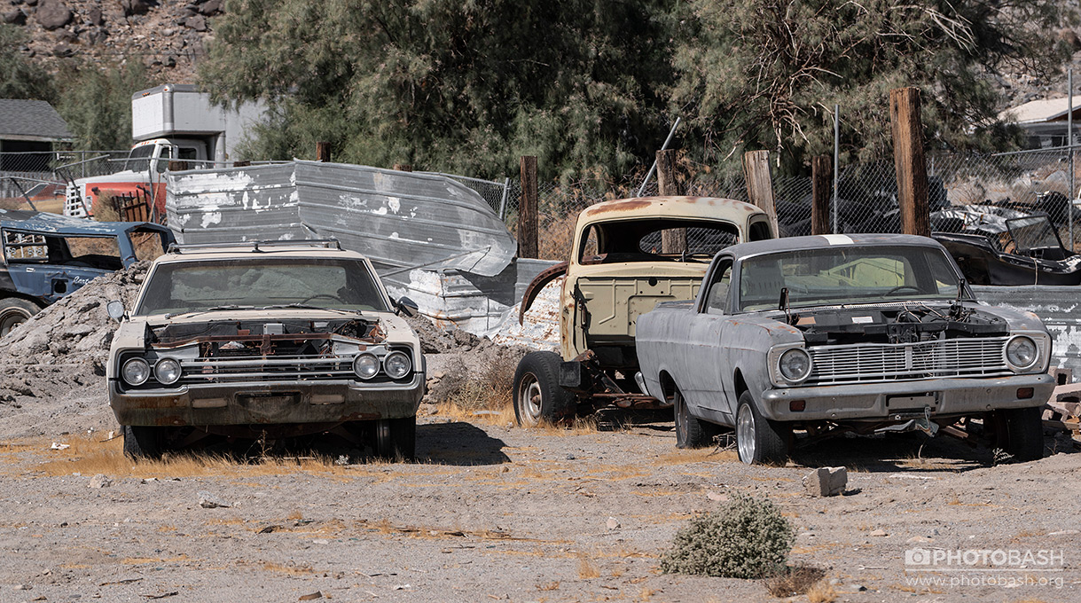 Fallout-Town-Old-Abandoned-Cars.jpg