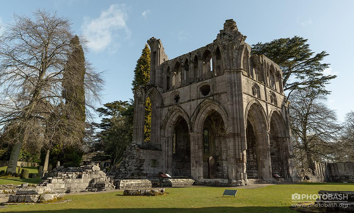 Gothic-Ruins-Scottish-Abbey.jpg