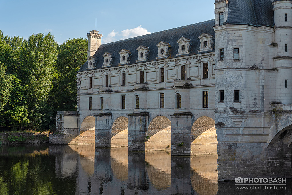 French-Castles-Bridge-Fantasy-Chateaux.jpg