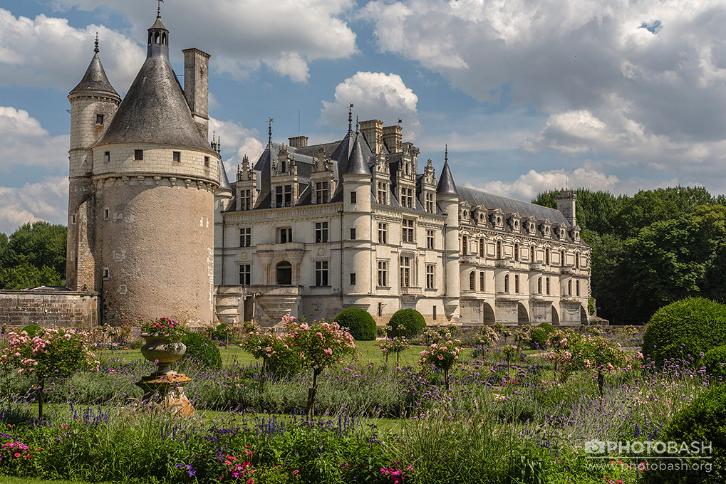 French-Castles-Chateaux-Loire-Medieval.jpg