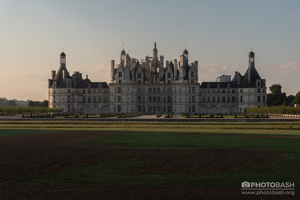 French-Castles-Loire-Chateaux-Sunrise.jpg