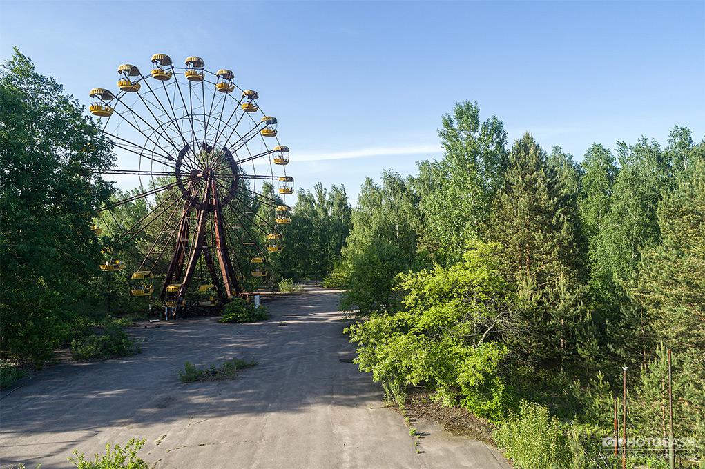 Chernobyl-Exclusion-Zone-Ferris-Wheel.jpg