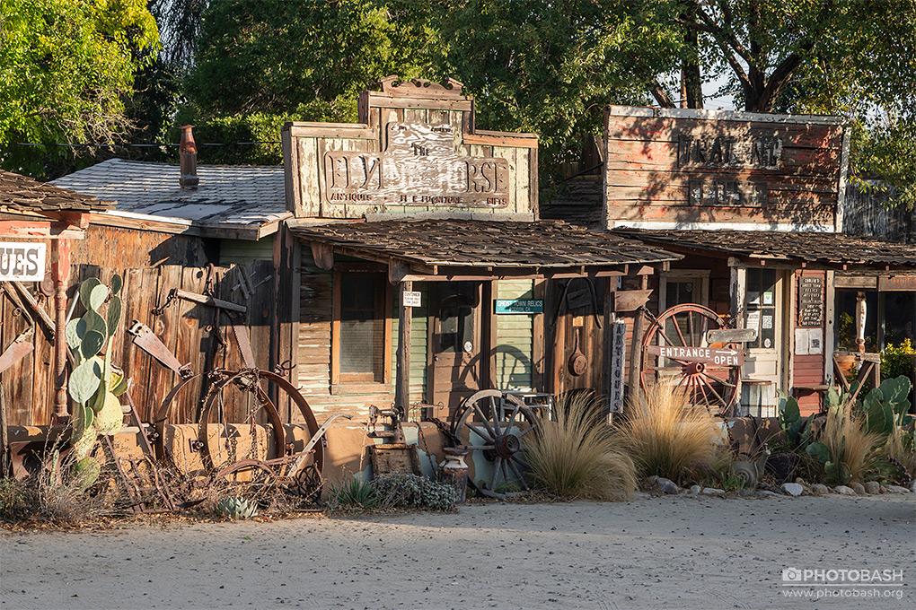 Wild-West-Town-Cowboy-Ghost-Town.jpg