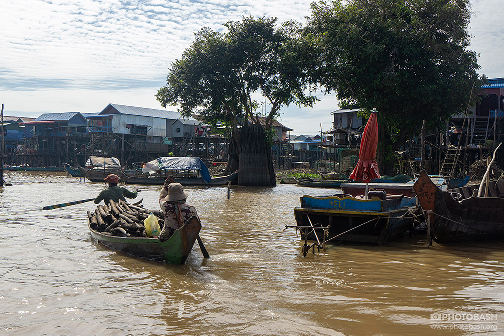 Floating-Village-Asian-Slum.jpg