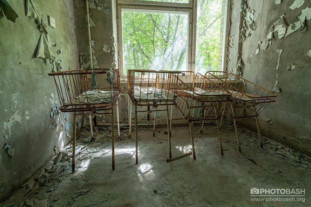 Pripyat-Interiors-Abandoned-Chernobyl-Radioactive.jpg