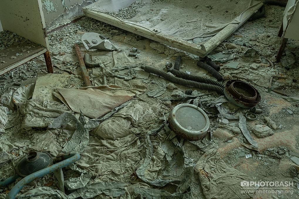 Pripyat-Interiors-Chernobyl-Radiation-Derbis.jpg