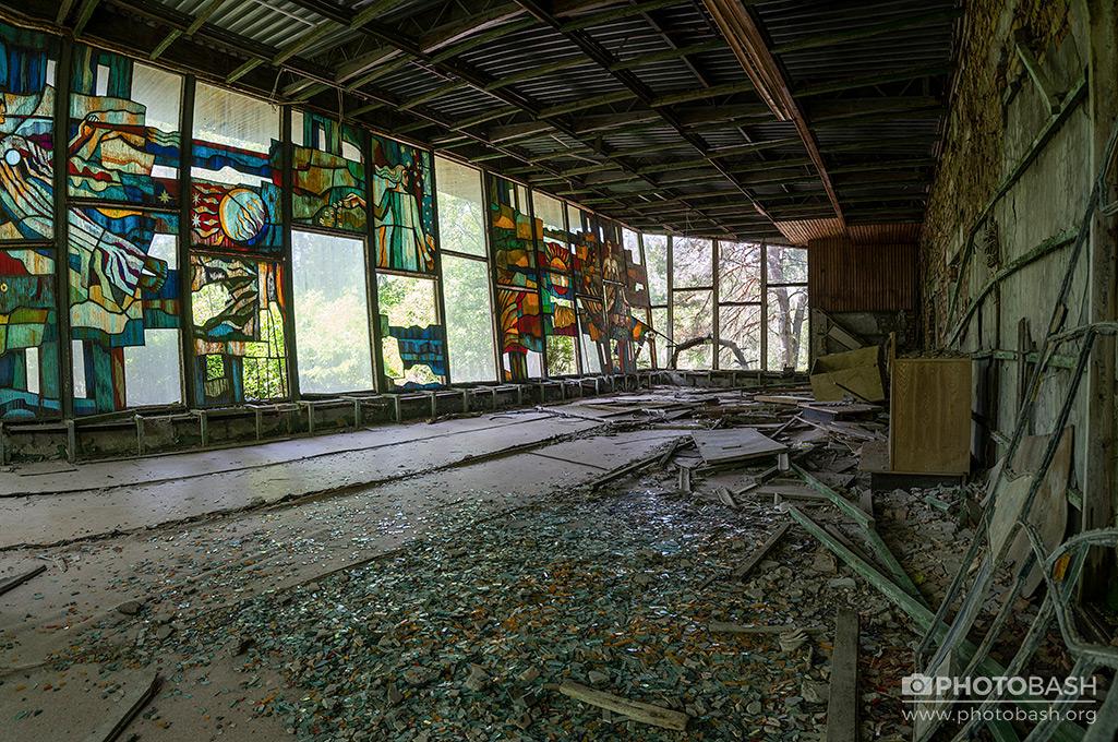 Pripyat-Interiors-Soviet-Derelict-Chernobyl.jpg