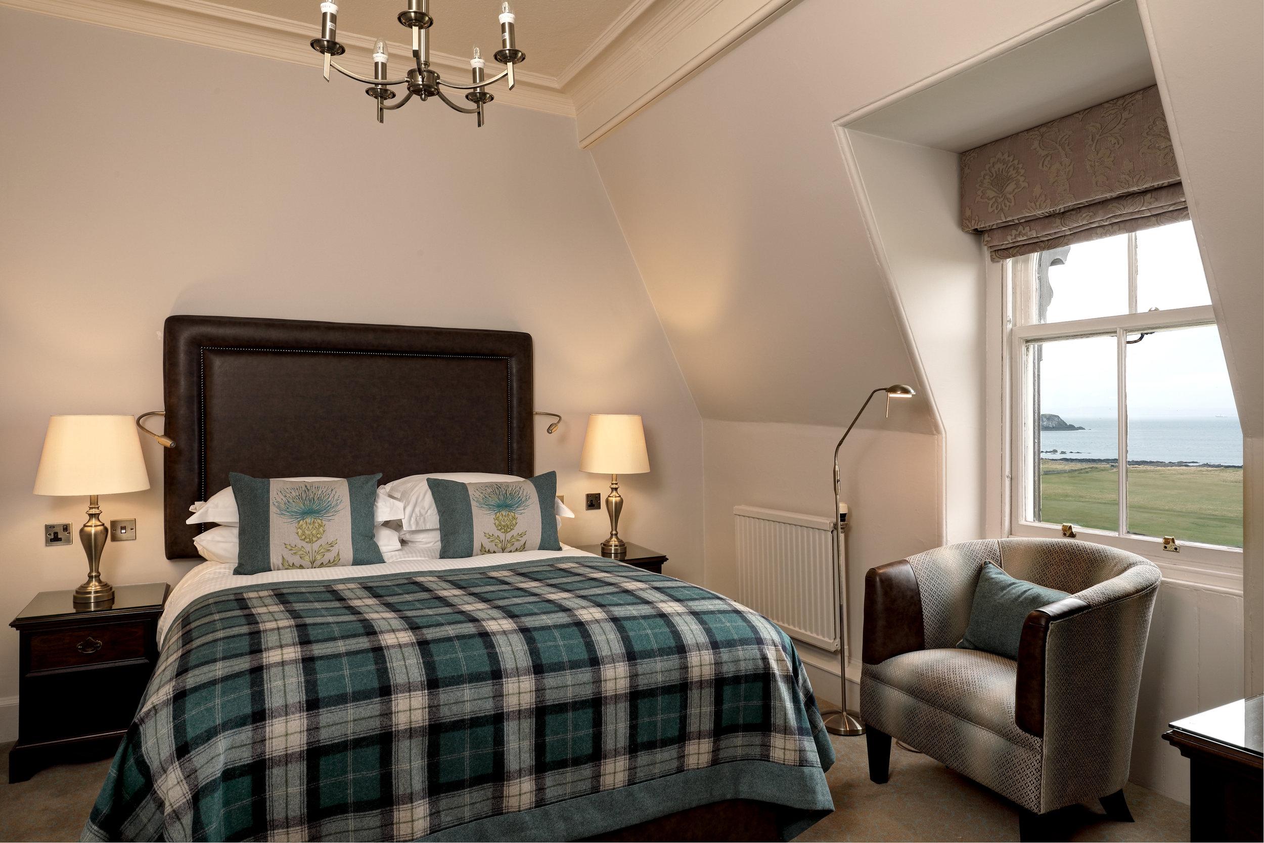 marine bedroom.jpg