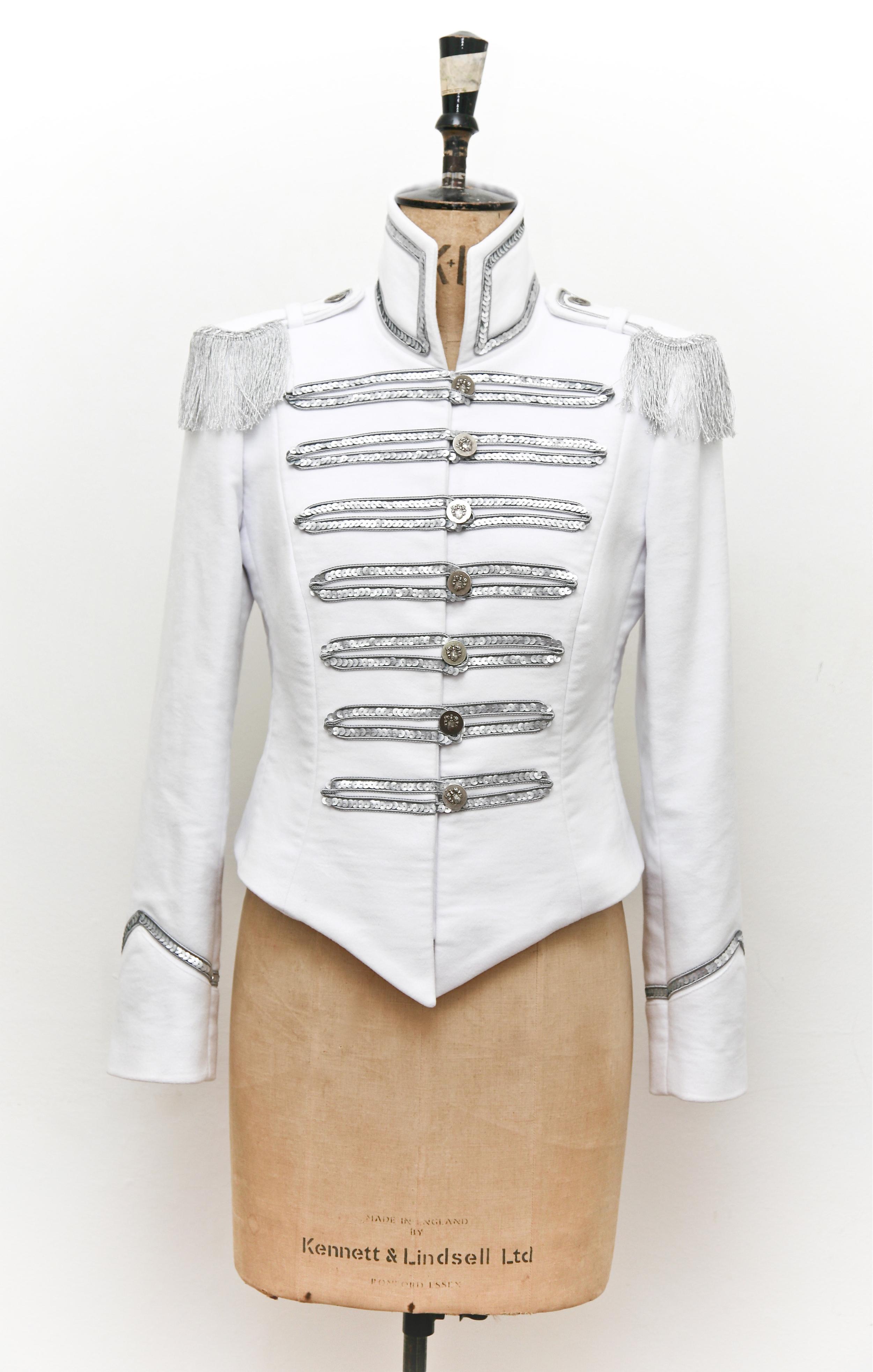 The Tikki -white w Silver.jpg