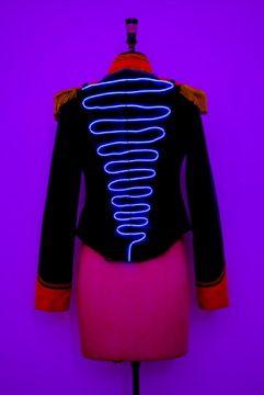 White wire back navy jacket girls.jpg