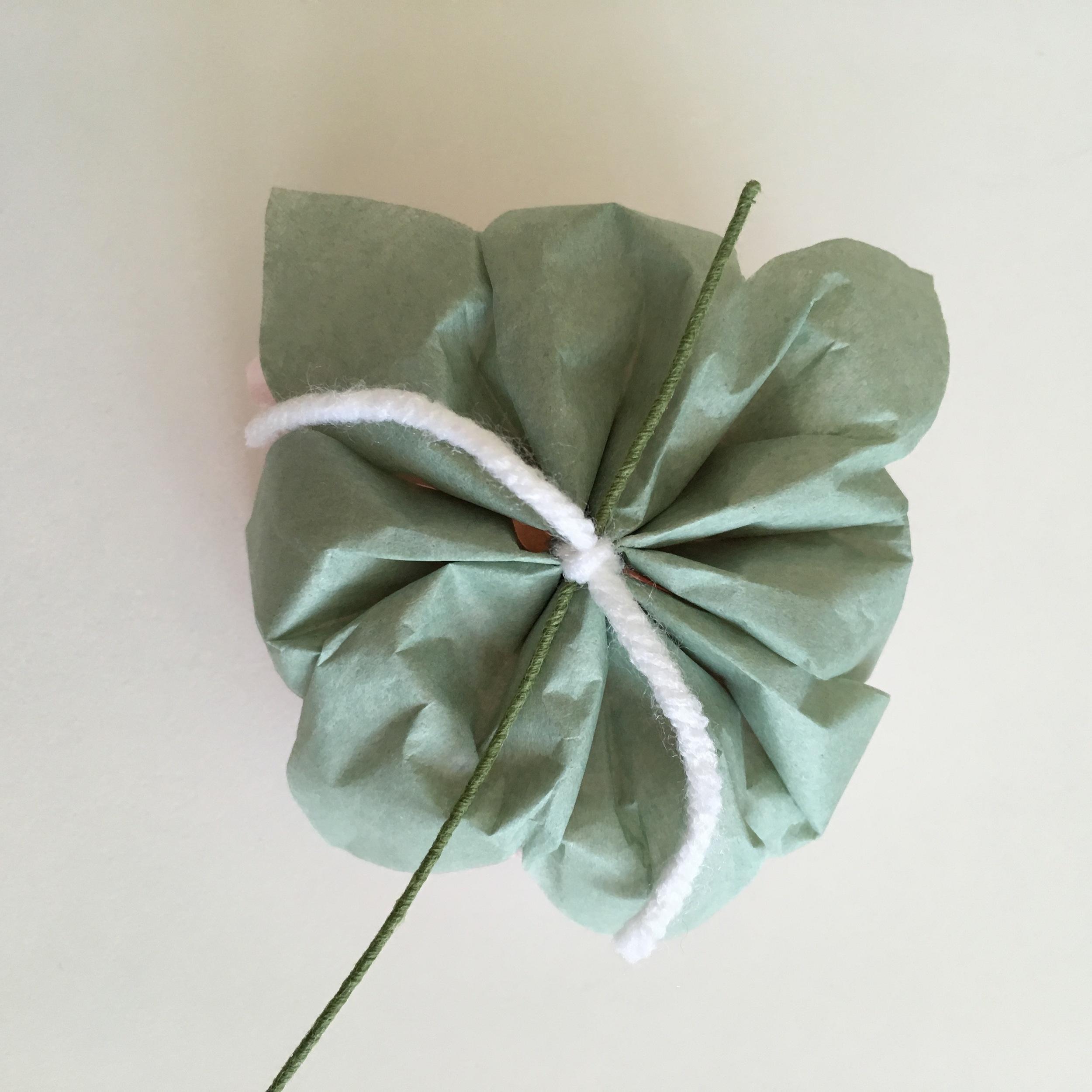 DIY: Hanging Floral Garland
