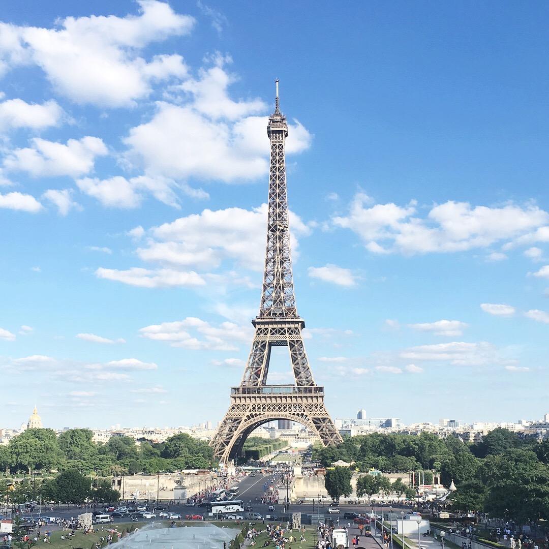 Eiffel Tower in July on meethaha.com