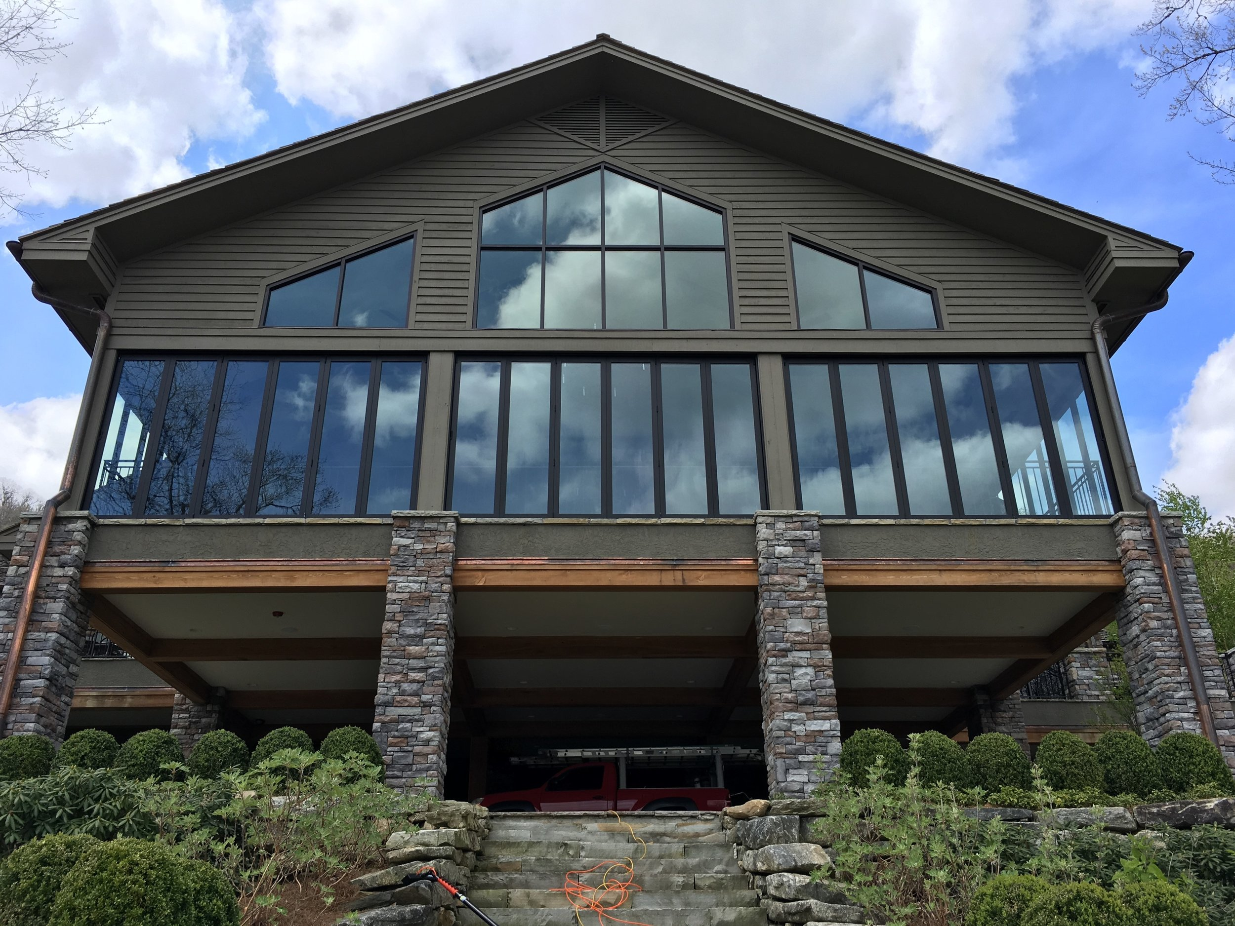 Asheville commercial window cleaning