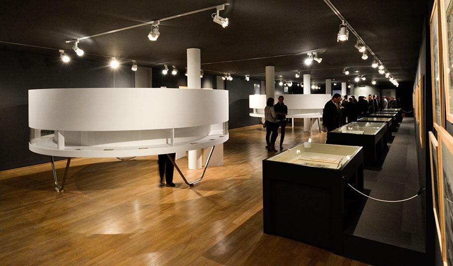 A1207-121109_Ausstellungseröffnung_002-WEB.jpg