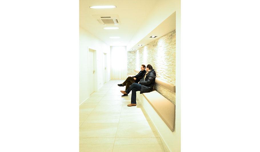 A1230-140130-Sitznische-Warten.jpg