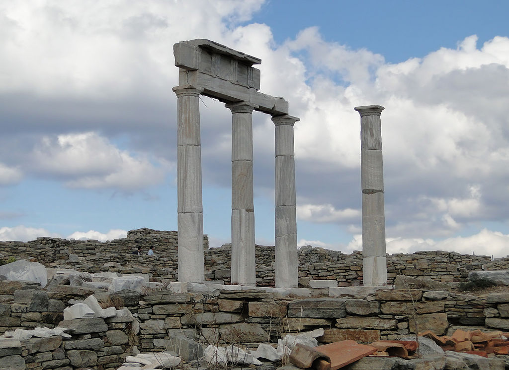 Delos Temple (source: Wikipedia)