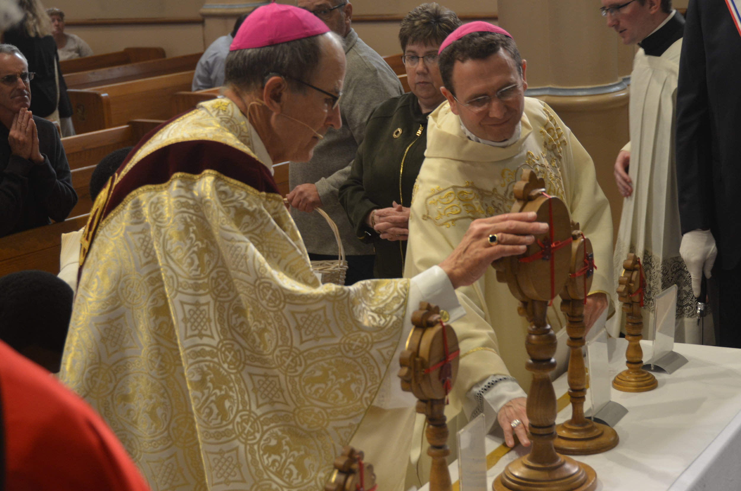 NEW ULM – A half dozen relics of Saint Pio of Pietrelcina drew faithful from throughout the Diocese of New Ulm to the Cathedral of the Holy Trinity in New Ulm on Sunday, Oct. 28 for veneration and prayer following the 10 a.m. Mass co-celebrated by Bishop LeVoir and Bishop Andrew H. Cozzens, auxiliary bishop of the Archdiocese of Saint Paul and Minneapolis.  (Click for information and photos.)
