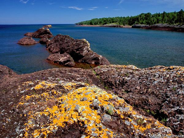 Lichen-covered rocks at Horseshoe Harbor; ©markscarlson.com