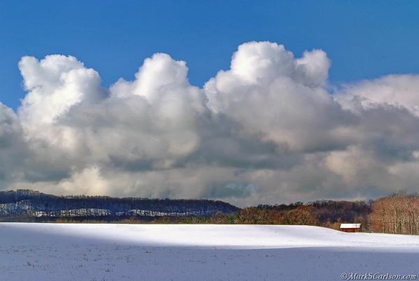 Barn-in-Sleeping-Bear-Dunes-National-Lakeshore-winter