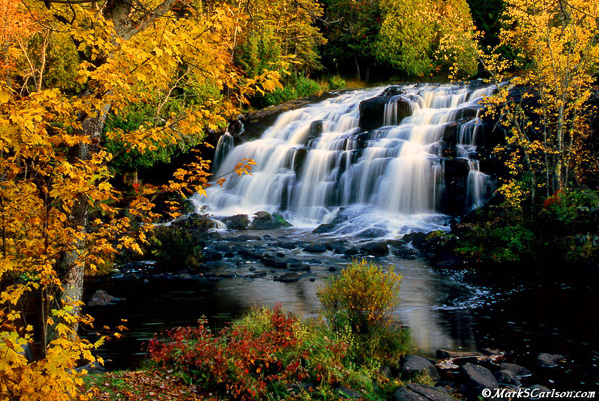 Bond-Falls-autumn