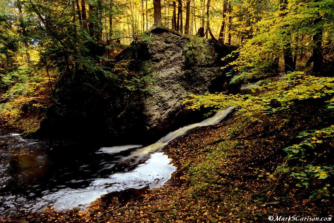 Manakiki Falls, upper part; ©markscarlson.com_resize.jpg