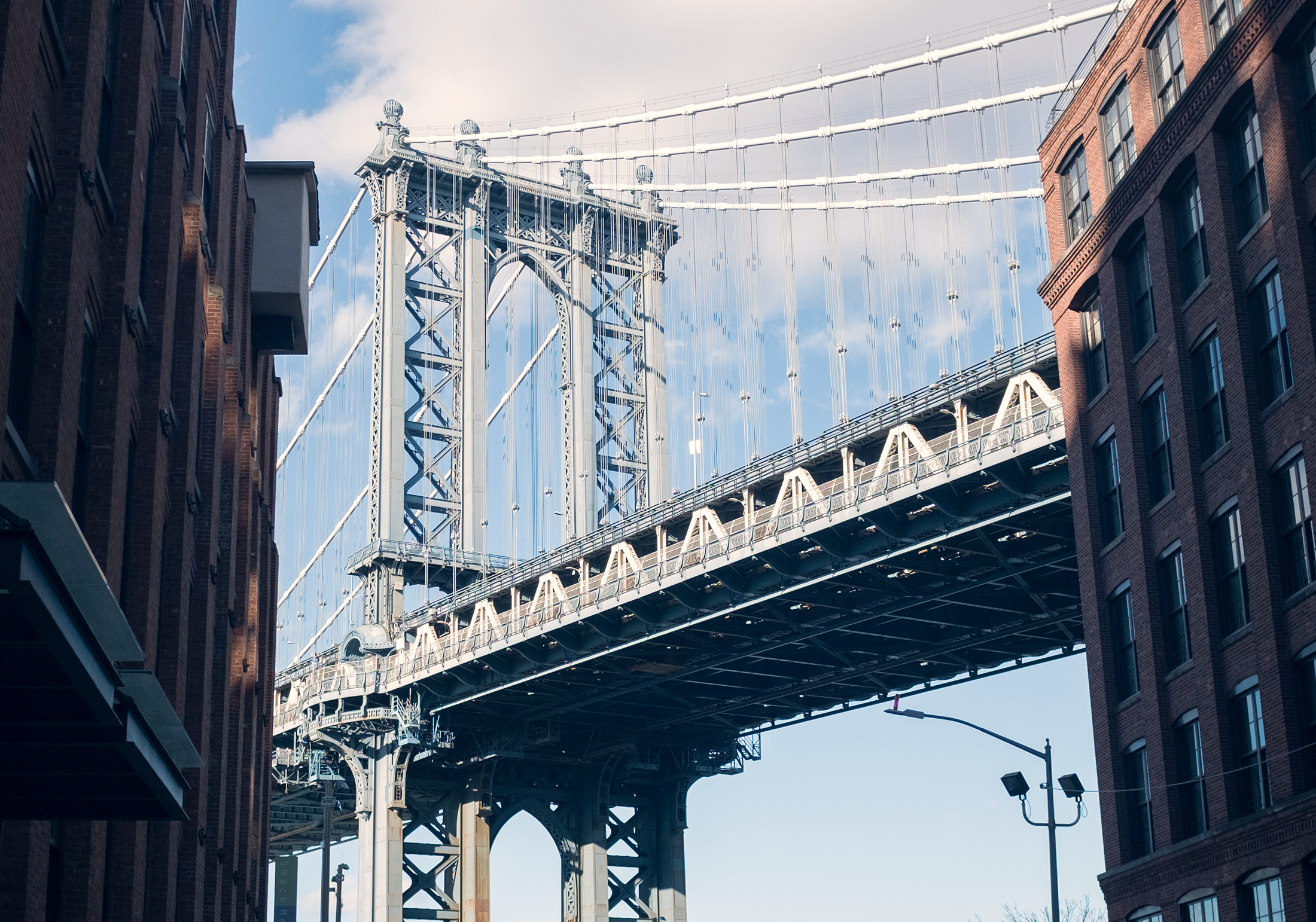 ManhattanBridge_Closeup-HoboLife