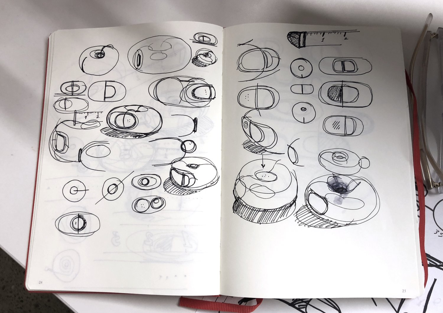doing-donuts-with-cs-creative-session-hoang-tapemeasure-sketch