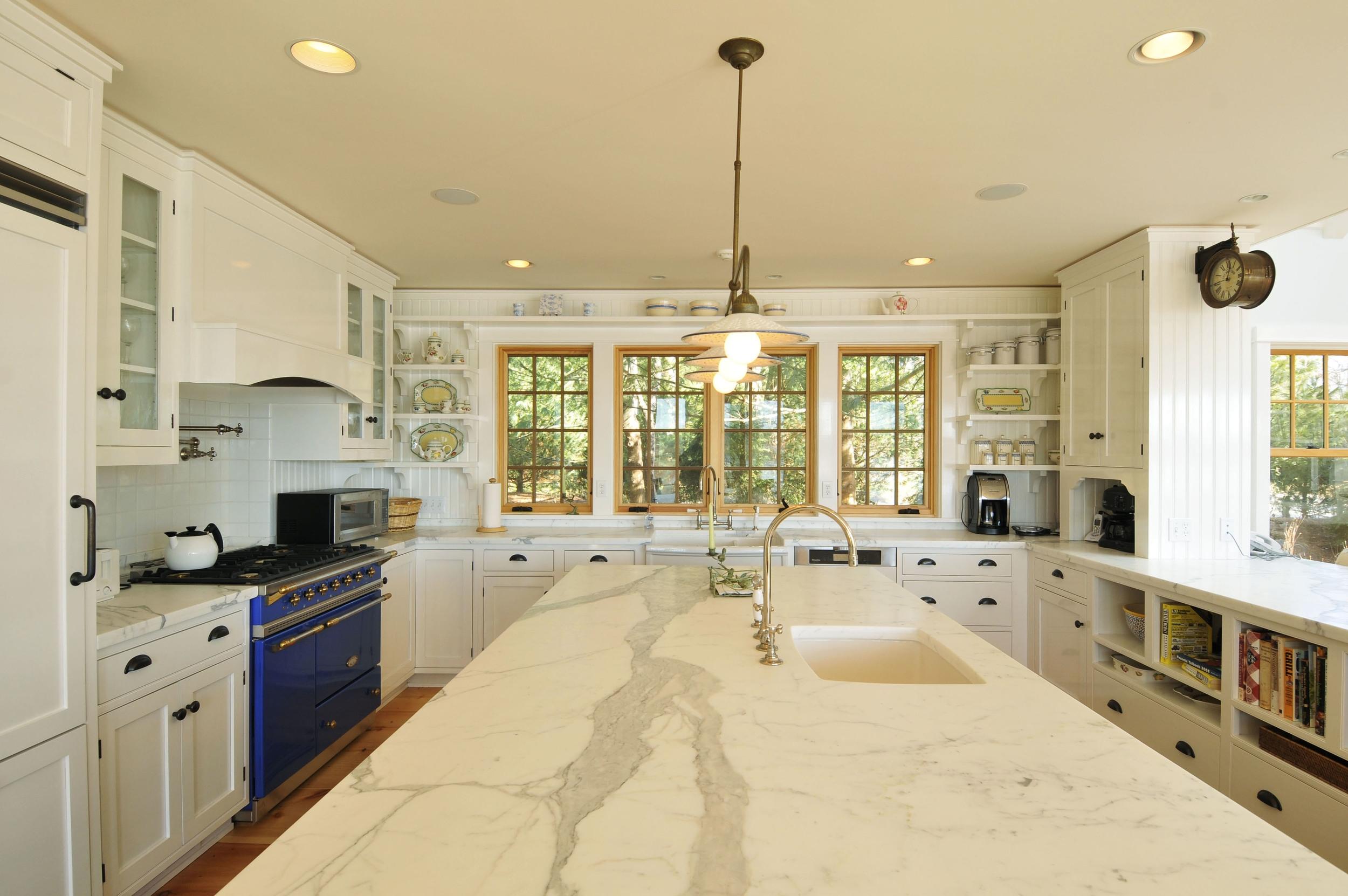 Barry#98008 kitchen2.jpg