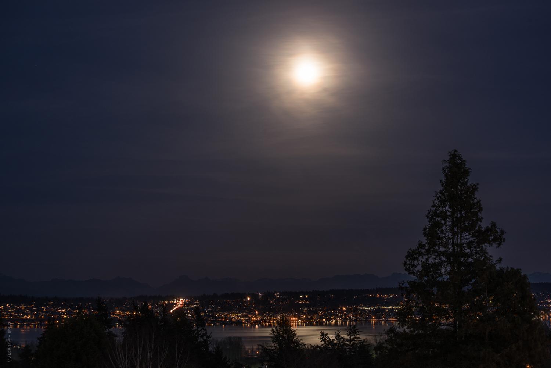 Night view of Kirkland
