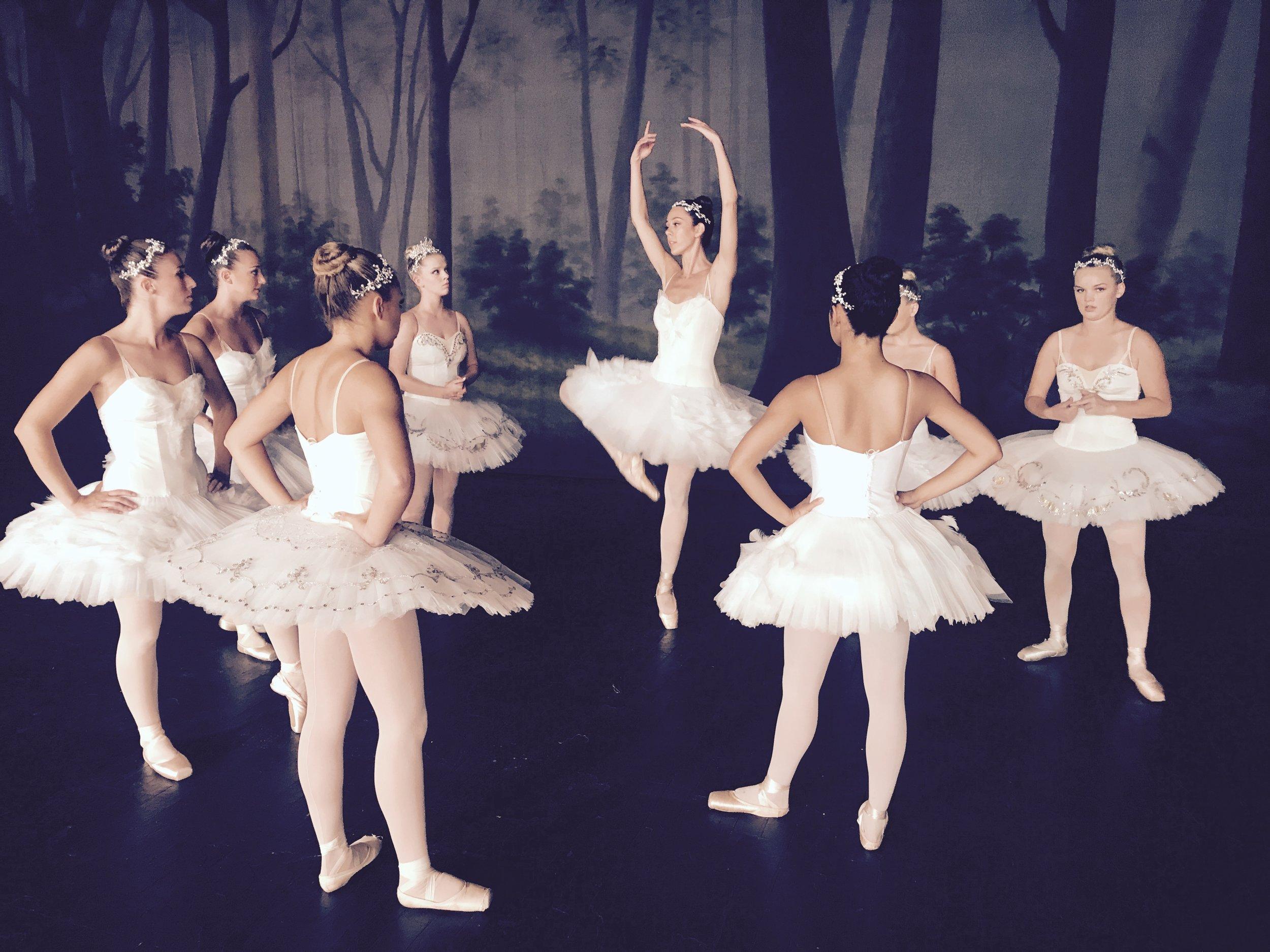 Ballerina APPLE commercial shoot -05.jpg