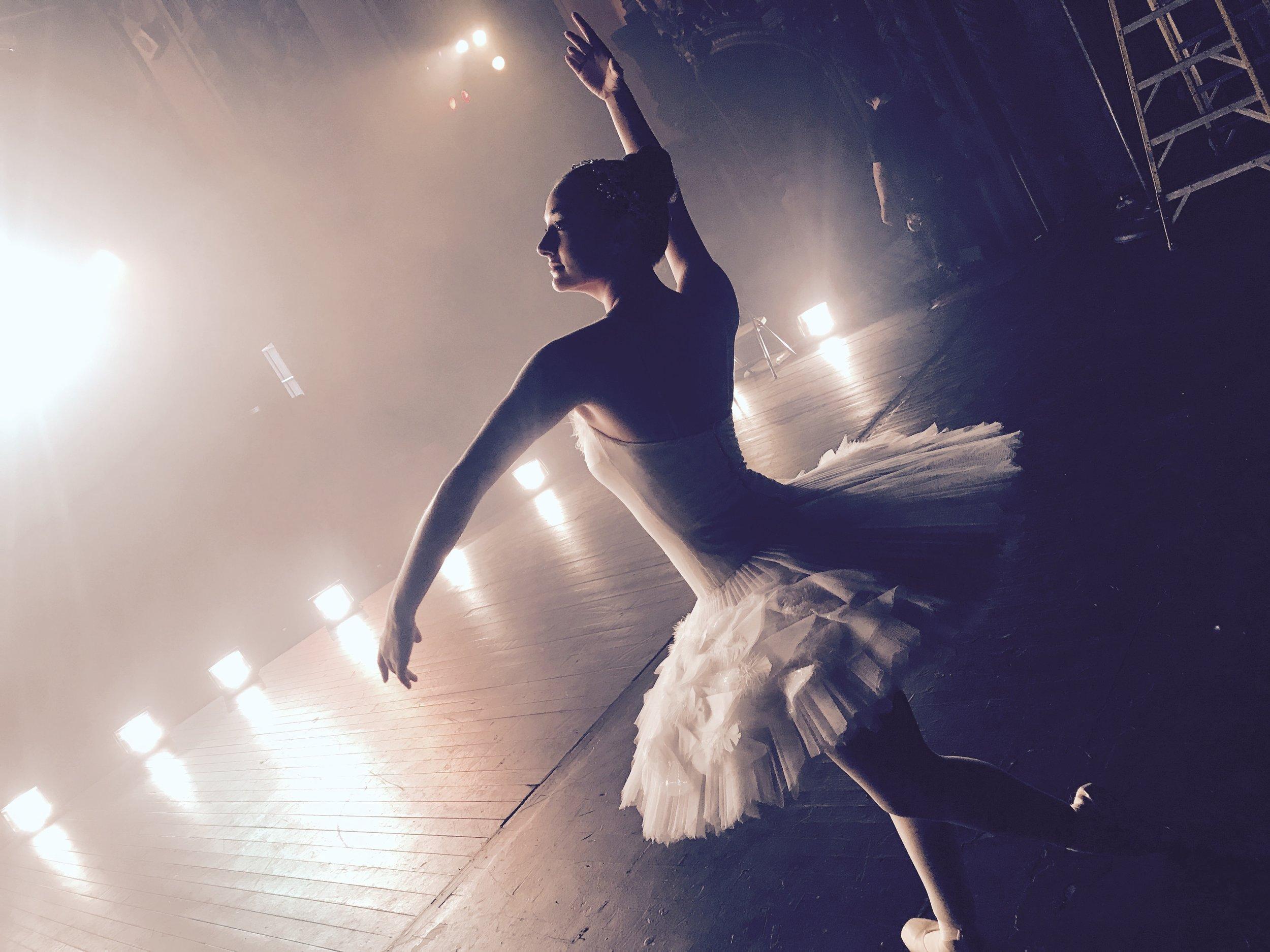 Ballerina APPLE commercial shoot -06.jpg