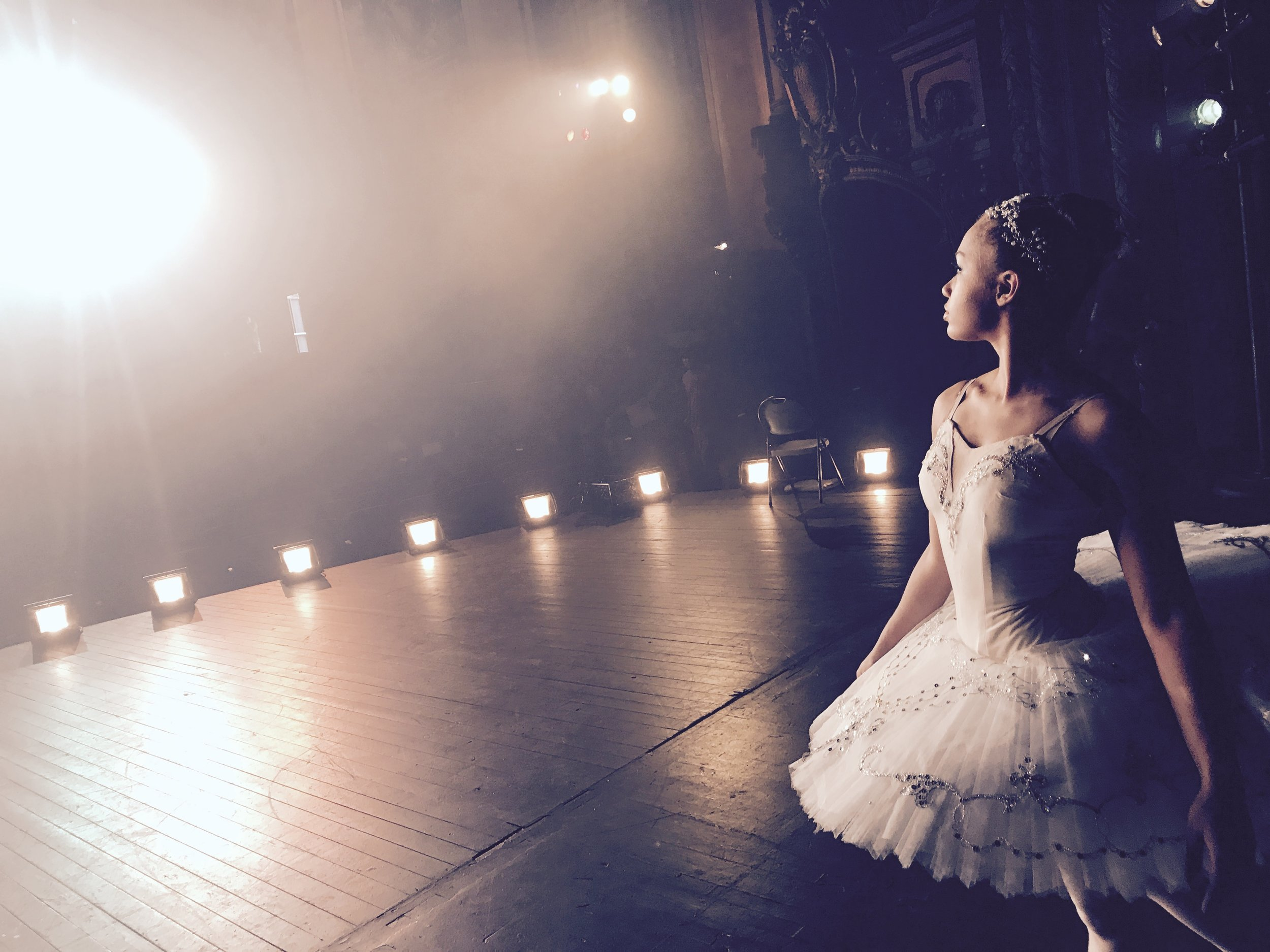 Ballerina APPLE commercial shoot -08.jpg