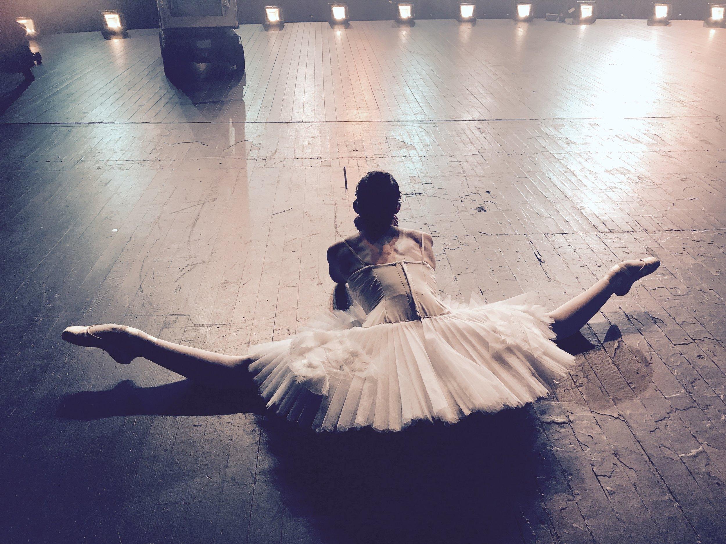 Ballerina APPLE commercial shoot -22.jpg