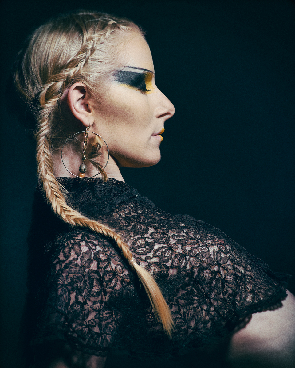 Photographer: Maja Buck   MUA: Lauren Hoy   Model: Katrina Repman