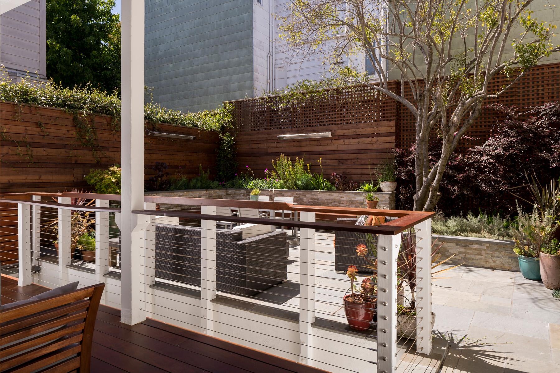 Deck_Lower_Yard_9304.jpg