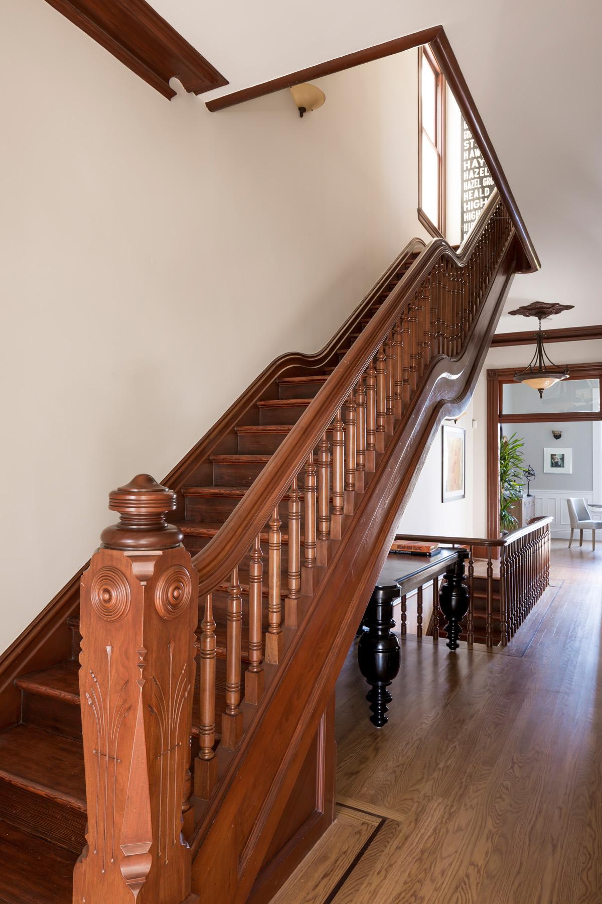Entry_Stairway_0251.jpg