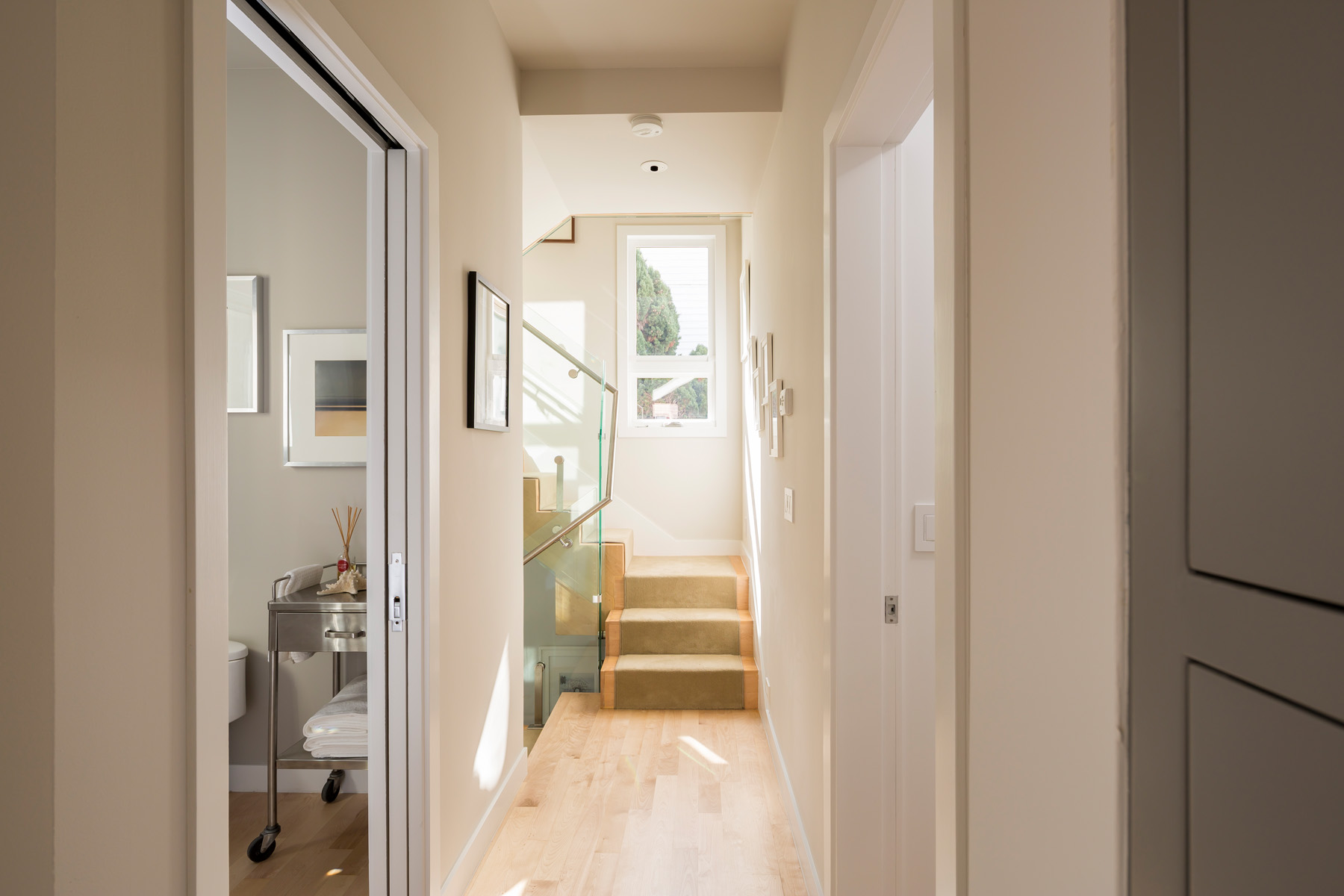 Hallway_1217.jpg