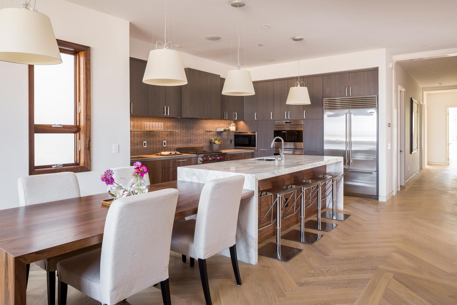 Kitchen_Wide_1614.jpg