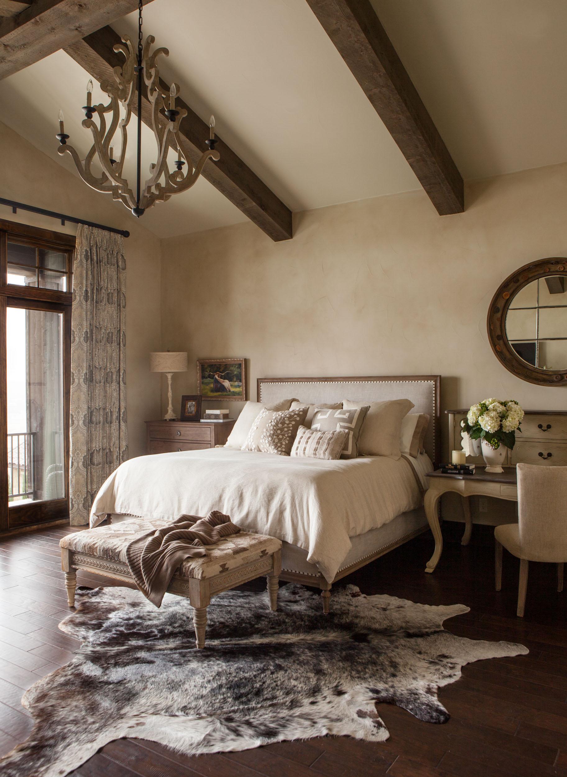 austin-house-bedroom-bed-interior-design.jpg