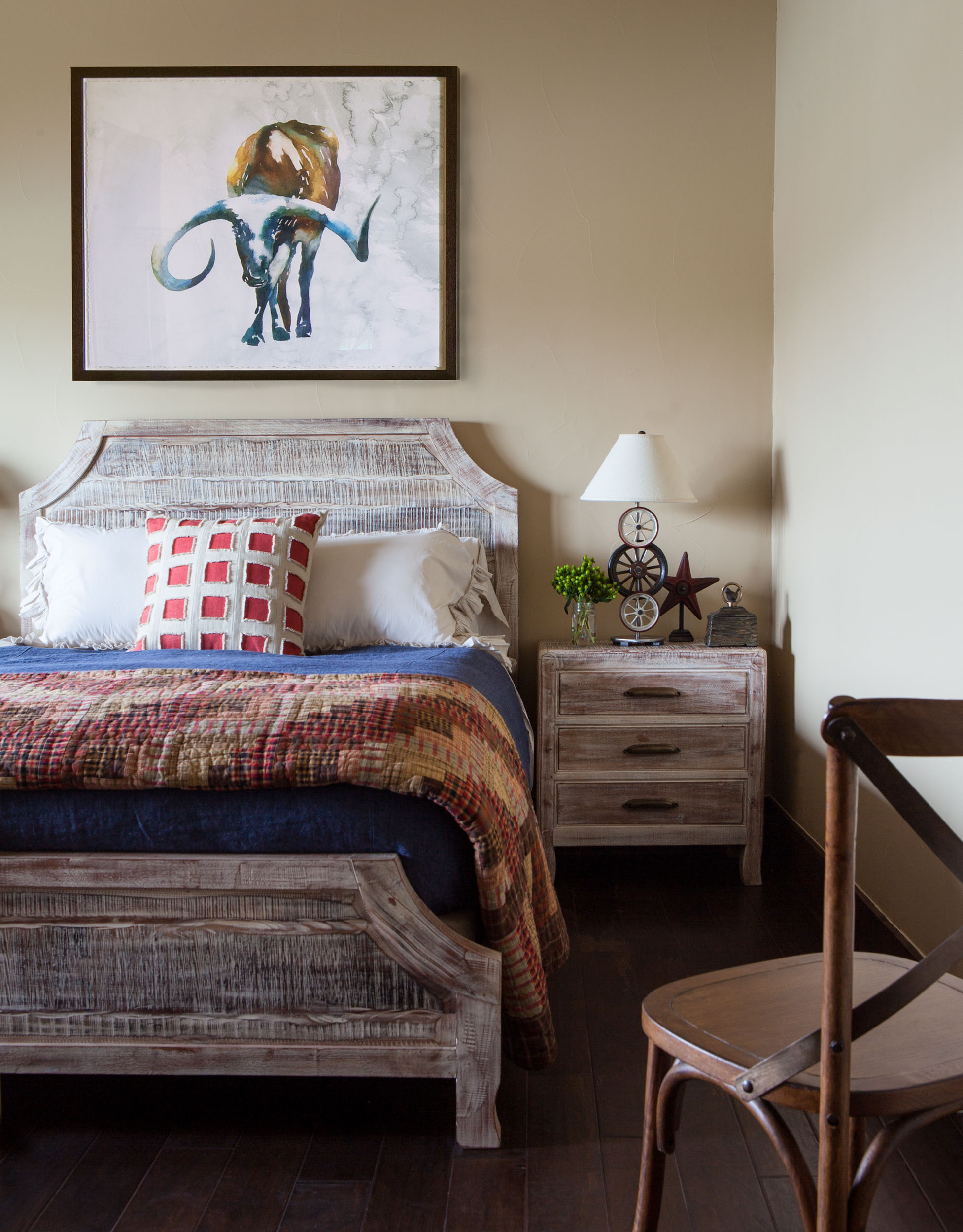 austin-house-bedroom-bed-table-interior-design.jpg