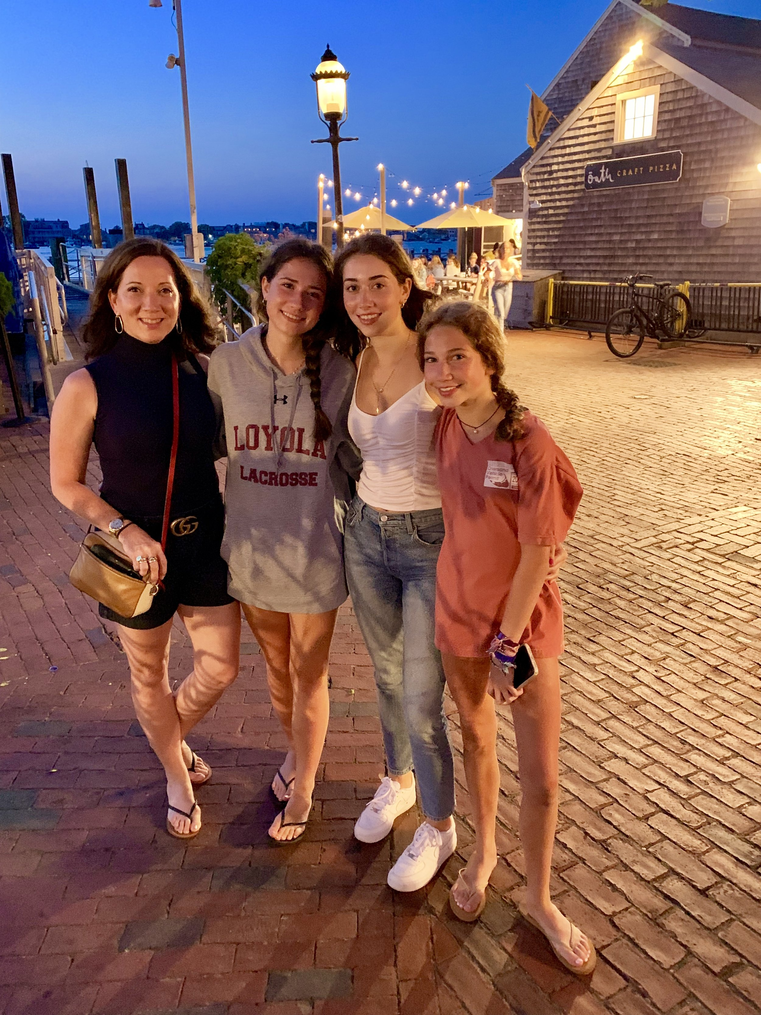 { My 3 girls Petrea, Mira & Alexa}