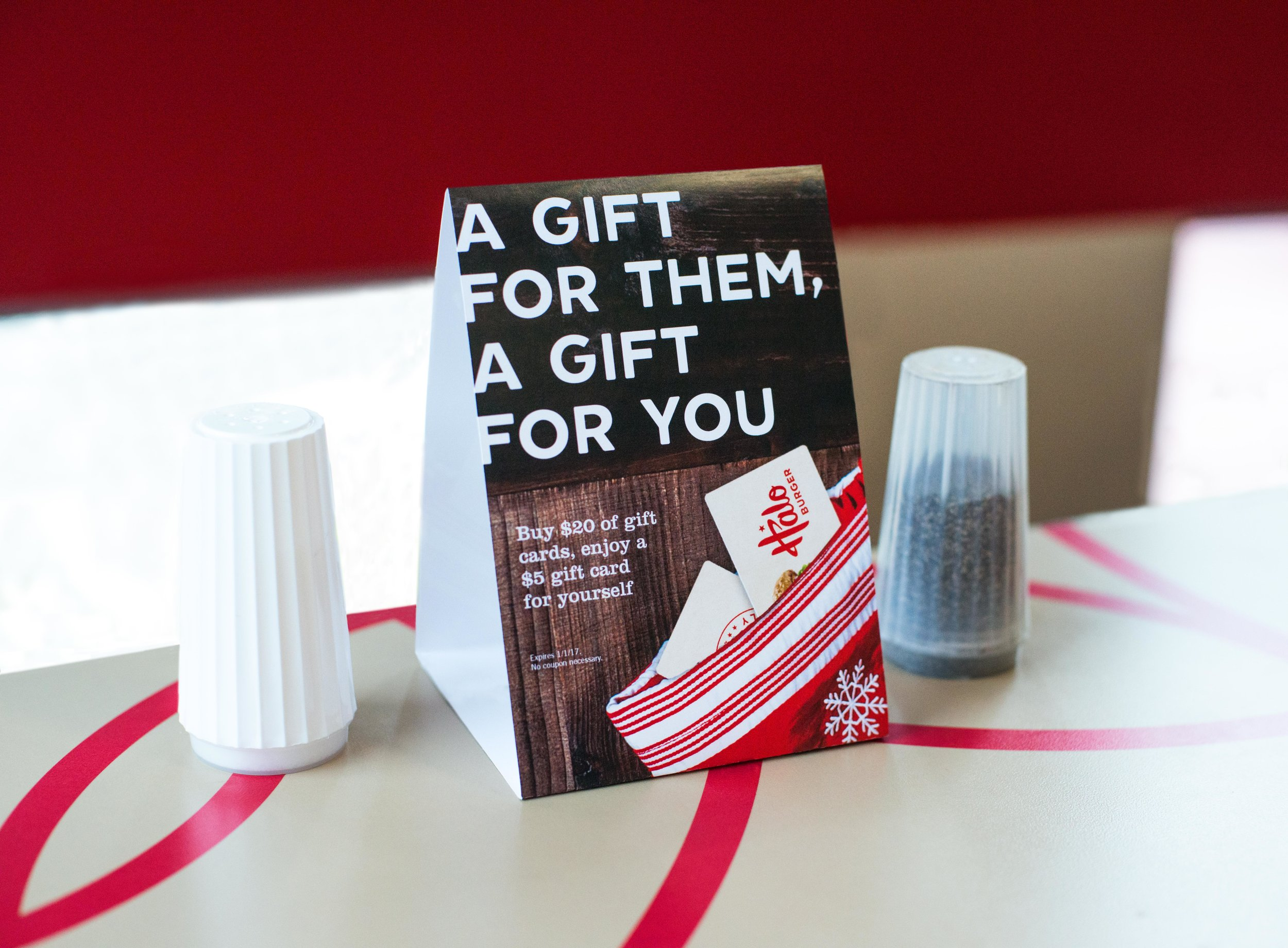 Gift Card Table Tent Christmas Design