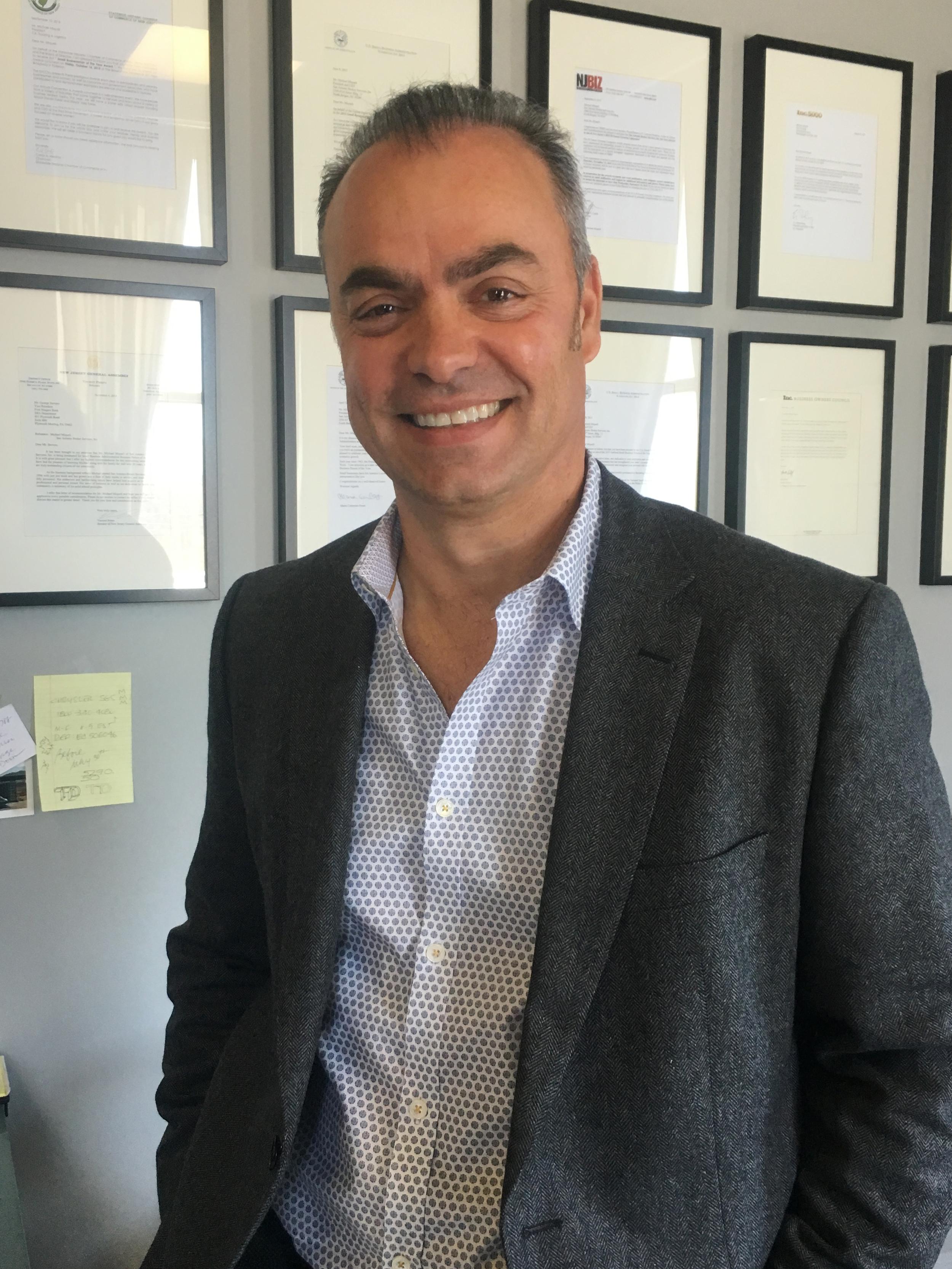 Michael Miqueli