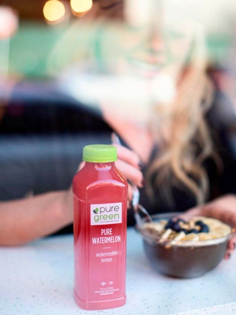 acai-bowl-and-juice-pure-green