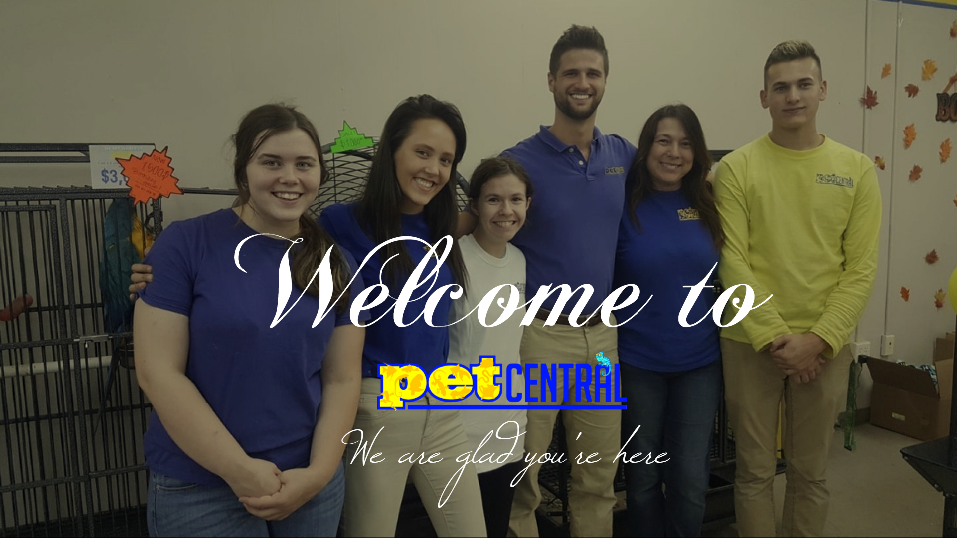 Employees Olivia, Haely, Tina, & Corbin stand alongside owner Austin and customer Summer