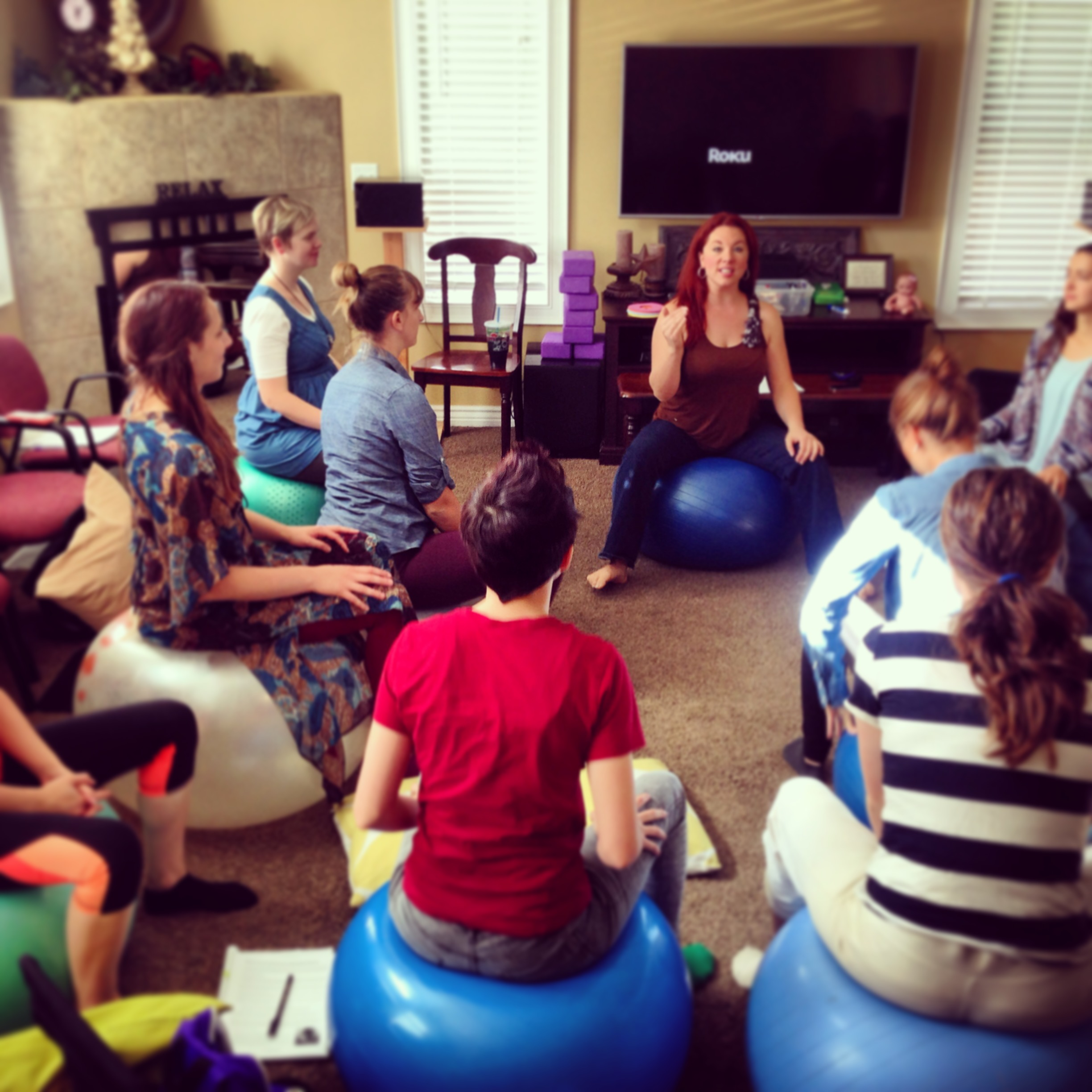 Lauralyn Curtis teaching the Hypnodoula class